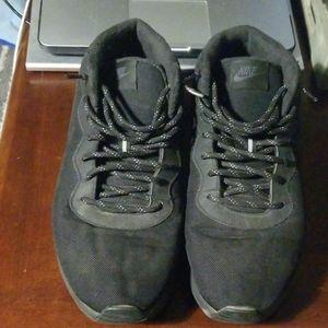 Nike Tanjun Sneaker/Chukkas
